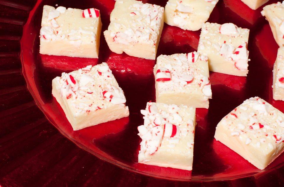 Easy White Chocolate Peppermint Fudge